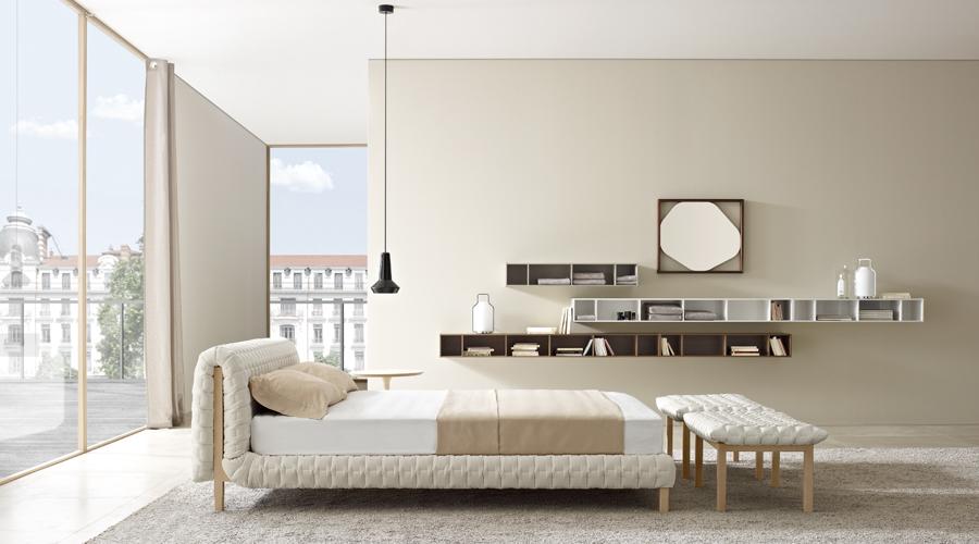 ligne roset ruch bed the denizen. Black Bedroom Furniture Sets. Home Design Ideas