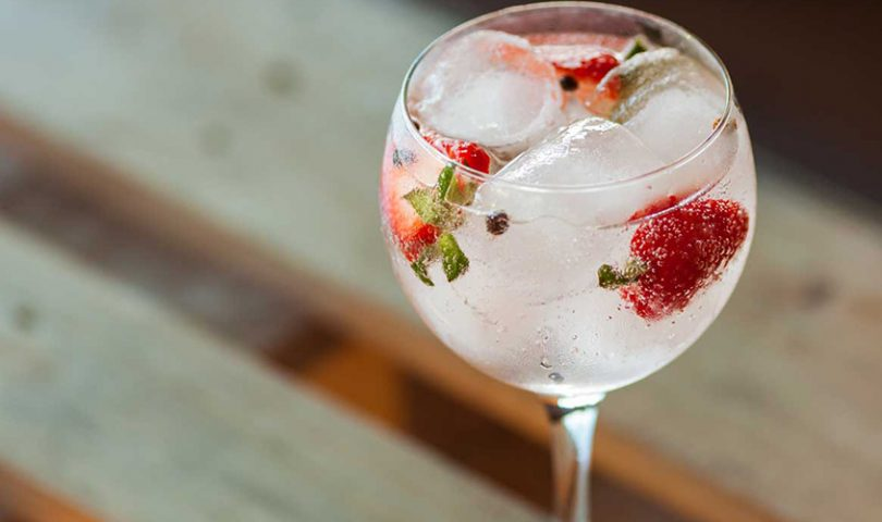 Upgrade your summer gin & tonic by implementing these simple ingredients