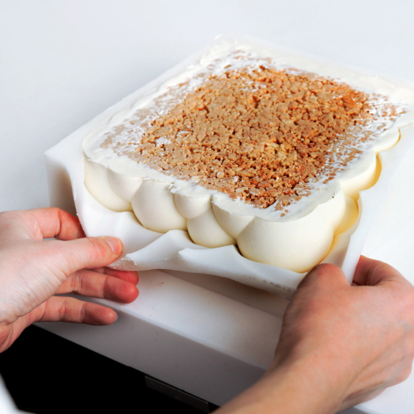 Architectural Cakes by Dinara Kasko