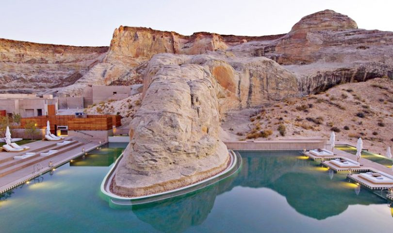 8 of the world's most awe-inspiring hotel pools