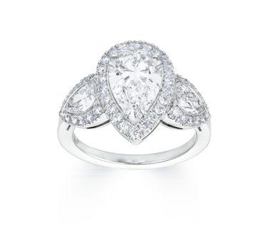 Pear de trois diamond ring