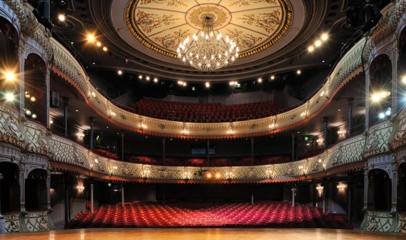 Avoid a faux-pas at the theatre with our definitive guide to play protocol