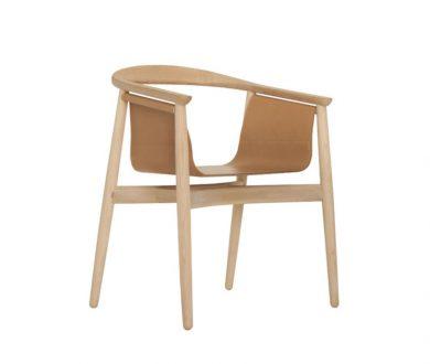 Pelle chair