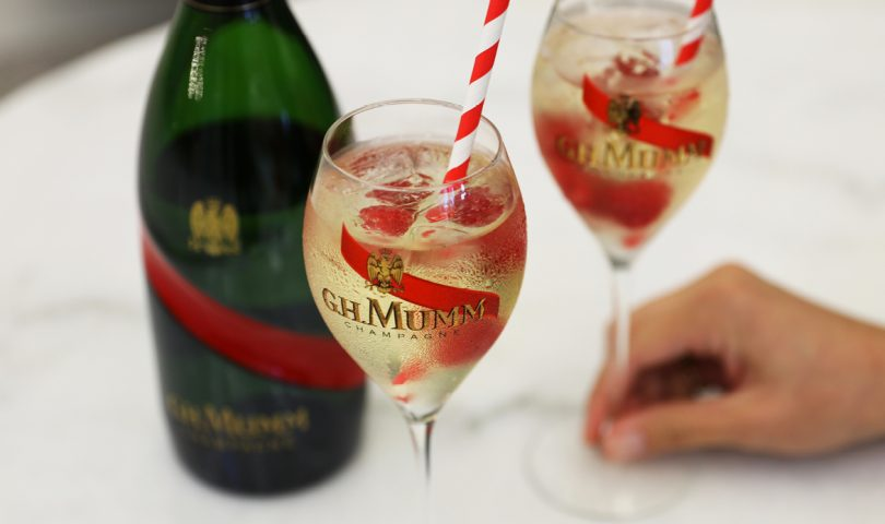 How to make the Mumm Champagne cocktail that's perfect for any season