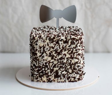 2 or 3 Layer Buttercream Bow Tie Cake