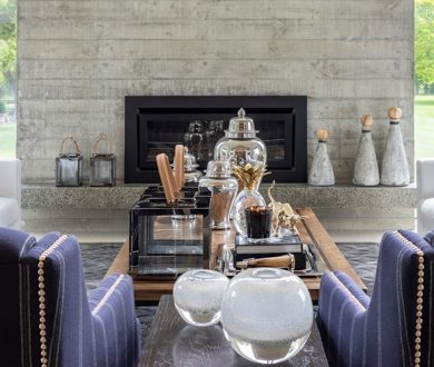 Trenzseater gives us a lesson in decorative layering with this award-winning home