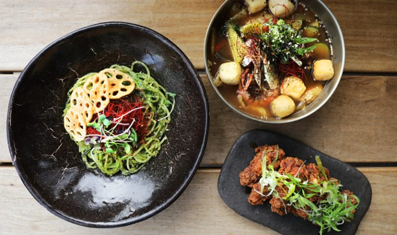 Simon & Lee has a new fried chicken flavour that you need to try right now