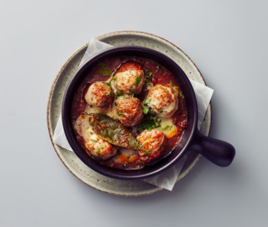 Bring Bar Non Solo to your abode with this mouth-watering recipe for braised meatballs and Pomodoro sauce