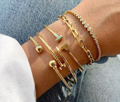 We make a case for more is more with stackable jewellery — the accessory trend we can't get enough of