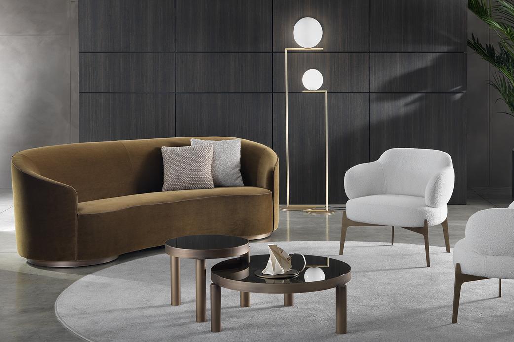 Sign sofa and armchair